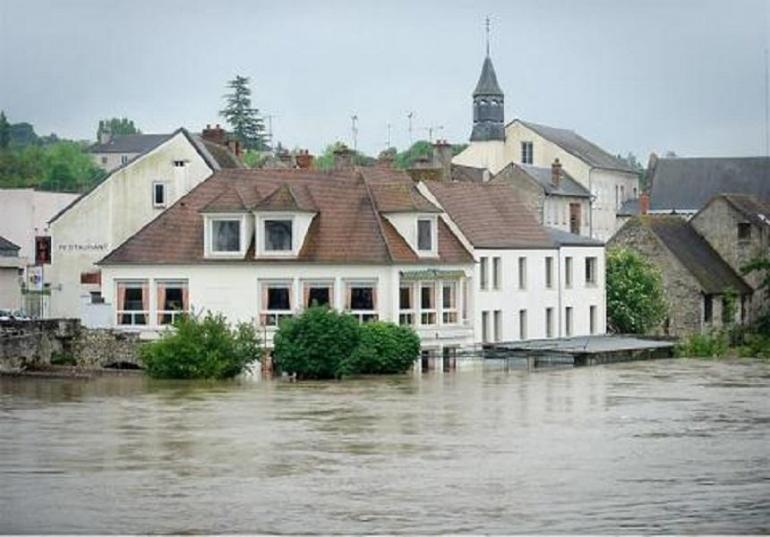 Inondations à Nemours. Crédit photo : A. Bouissou