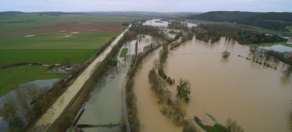 Crue de janvier 2018 sur la Marne avec le canal Champagne Bourgogne en rive gauche